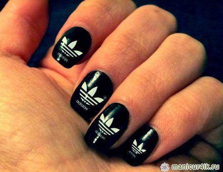 Ногти дизайн с буквами