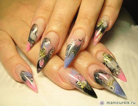 Дизайн на острых ногтях фото
